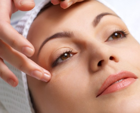 Different types of skin care treatments for aging